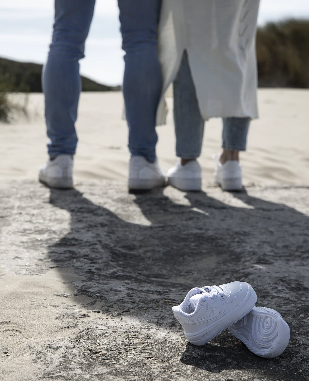 Anouk Hoogendijk zwanger